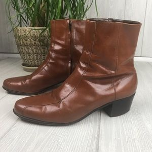 Florsheim designer collection brown leather boots